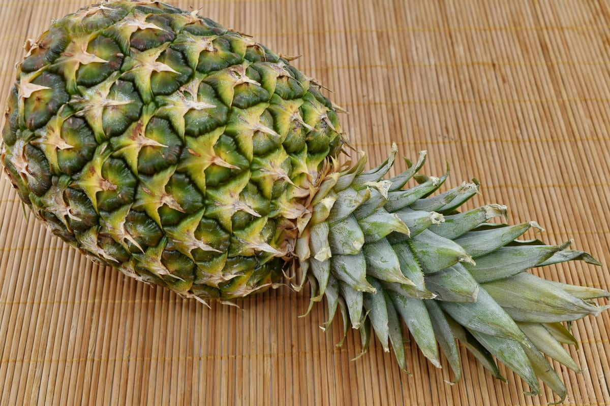 fruit, pineapple, nature, healthy, health, exotic, nutrition, tropical, texture, leaf
