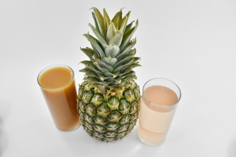 fresh water, fruit cocktail, fruit juice, pineapple, plant, food, fruit, drink, still life, juice