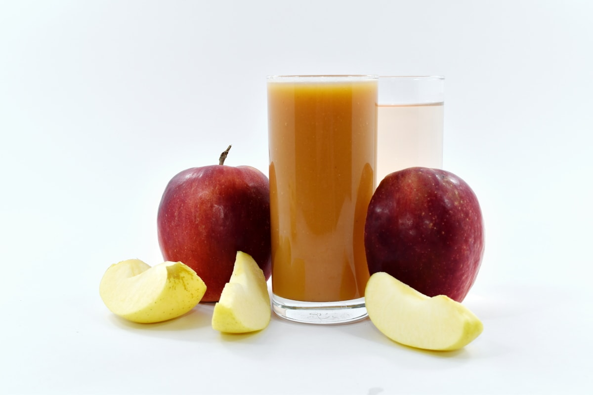 apples, beverage, fresh water, fruit, fruit juice, organic, slices, syrup, apple, vitamin