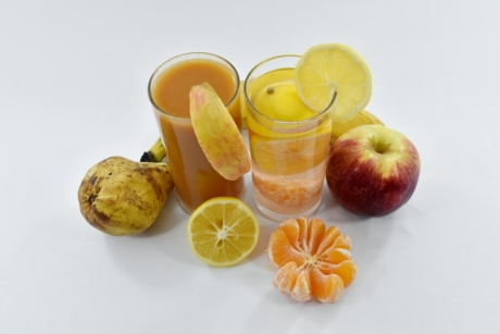 apples, banana, beverage, fresh, fresh water, fruit juice, lemonade, pear, syrup, vegan