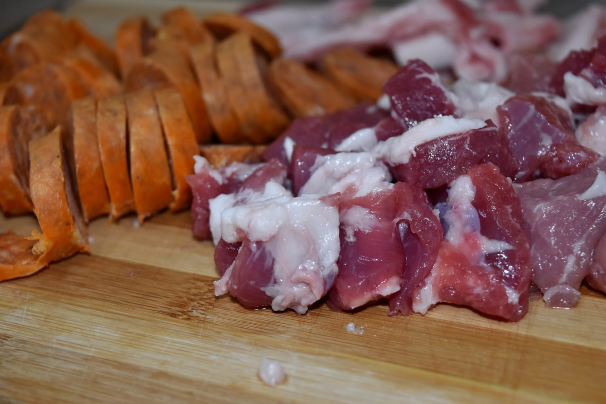 butcher, lunch, preparation, raw meat, sausage, stew meat, delicious, meat, food, pork