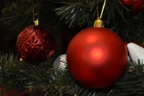 blur, christmas tree, focus, hanging, ornament, round, shining, decoration, celebration, sphere
