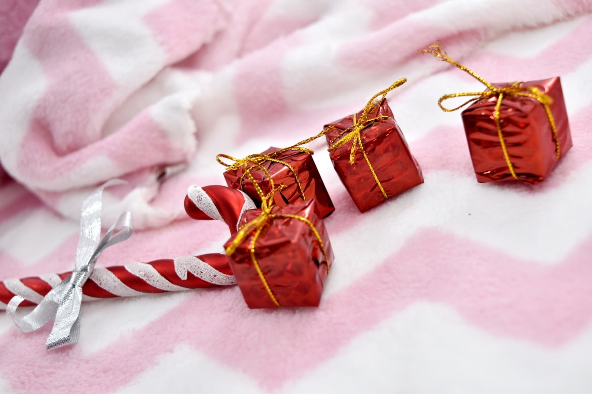 blanket, gifts, new year, packages, surprise, love, candy, gift, celebration, shining