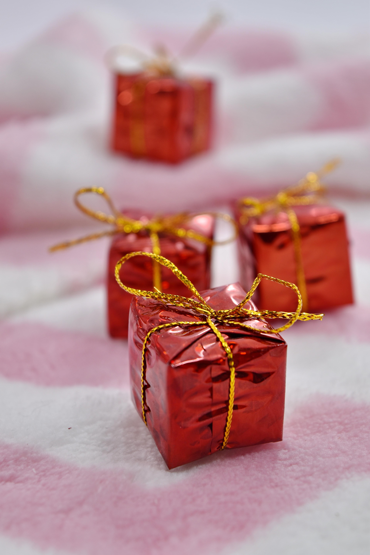 Decoration De Paquets Cadeaux image libre: anniversaire, anniversaire, boîte de, cadeaux