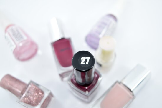 manicure, number, paint, cosmetic, makeup, treatment, toiletry, detail, cure, health