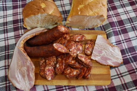 beacon, homemade, pork, raw meat, sausage, slices, baked goods, food, bread, ham
