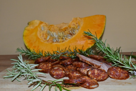beef, homemade, pumpkin, pumpkin seed, rosemary, sausage, garnish, food, meal, delicious