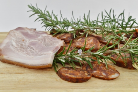 pork, pork loin, rosemary, slices, snack, tasty, food, meat, lunch, meal