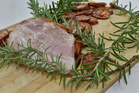 branchlet, decorative, pork, pork loin, sausage, spice, meal, vegetable, dinner, plate