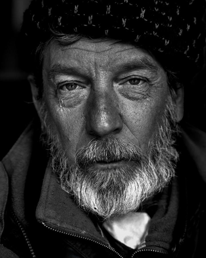 man, elderly, pensioner, serious, beard, portrait, face, person, monochrome, mustache