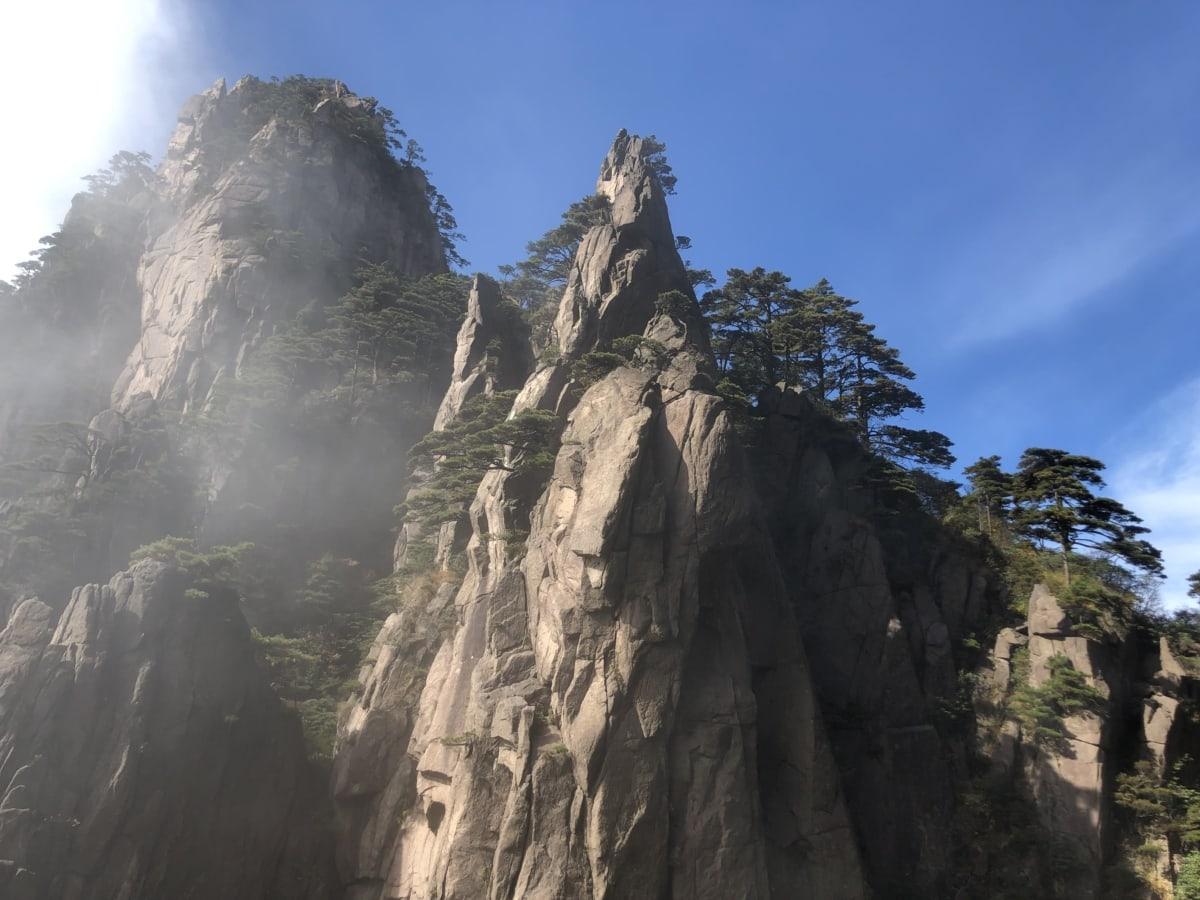 cliff, foggy, geology, sunrays, sunshine, mountain, rock, landscape, line, nature