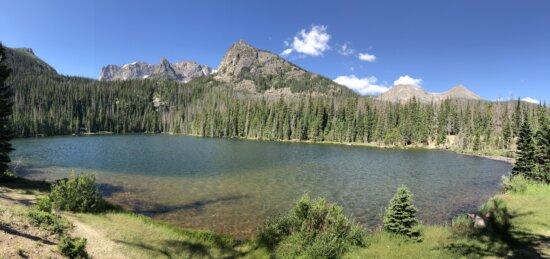 calme, au bord du lac, Parc national, ondulation, vagues, montagnes, montagne, Lac, gamme, eau