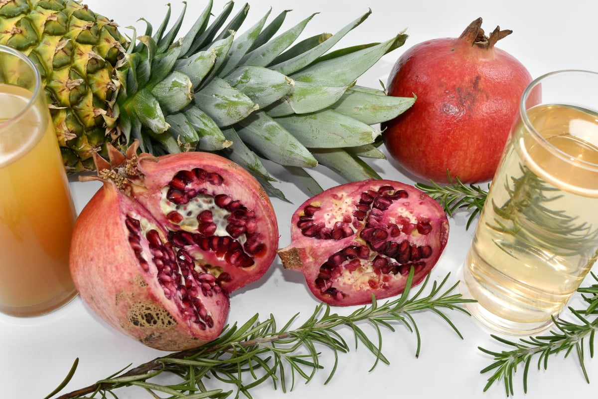 beverage, liquid, pomegranate, diet, fruit, food, pineapple, produce, health, juice