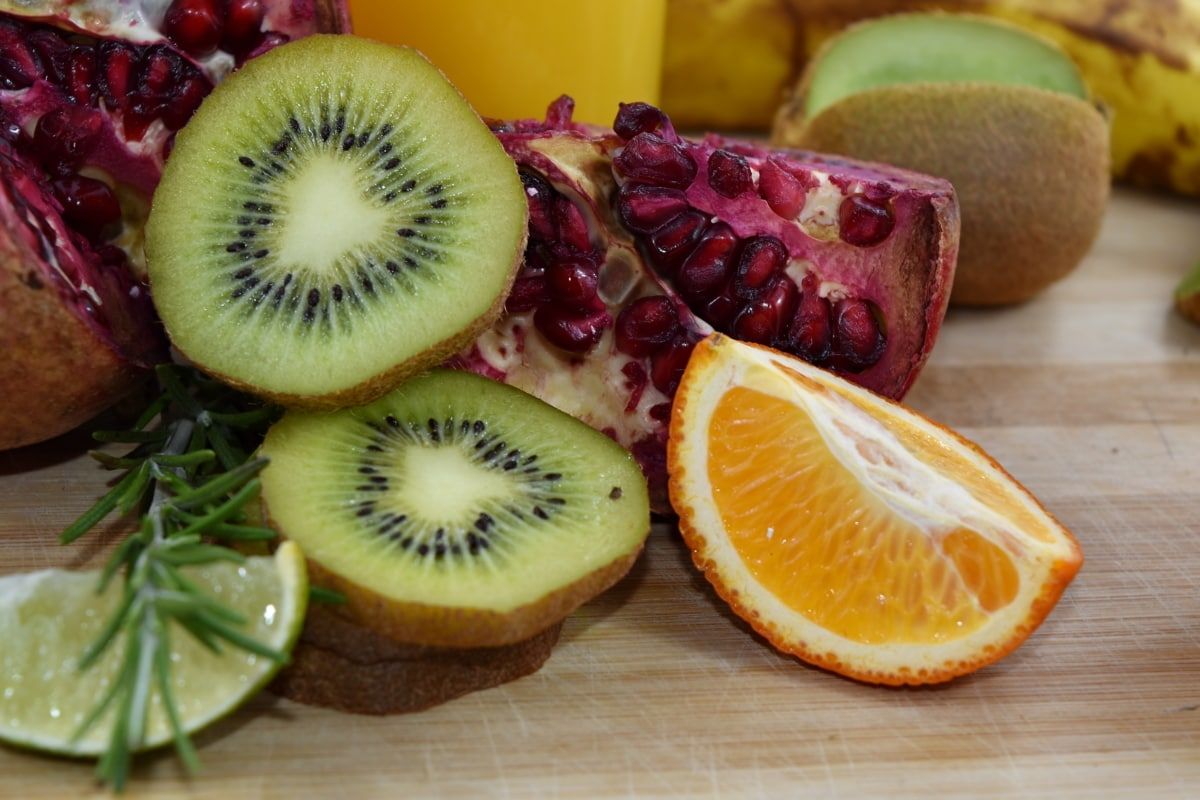 Antioxidans, Kiwi, Mandarin, Minze, Granatapfel, würzen, frisch, Ernährung, Essen, Vitamin
