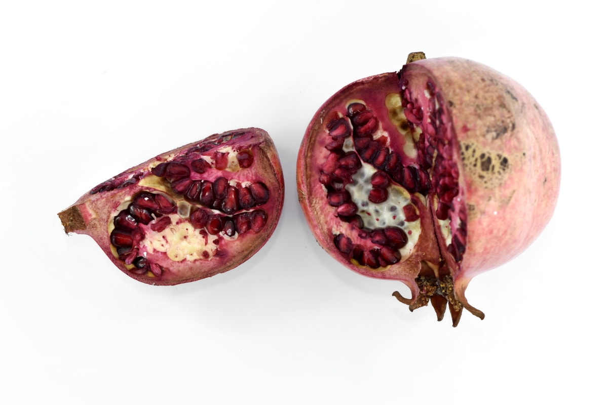 diet, seed, fruit, tropical, exotic, food, pomegranate, produce, half, nutrition