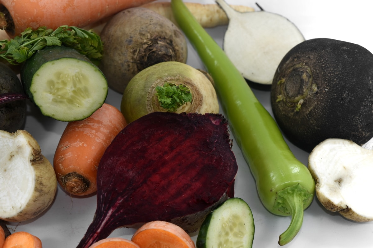 beetroot, carrot, cooking, fresh, kohlrabi, pepperoni, radish, roots, vegetables, vitamins