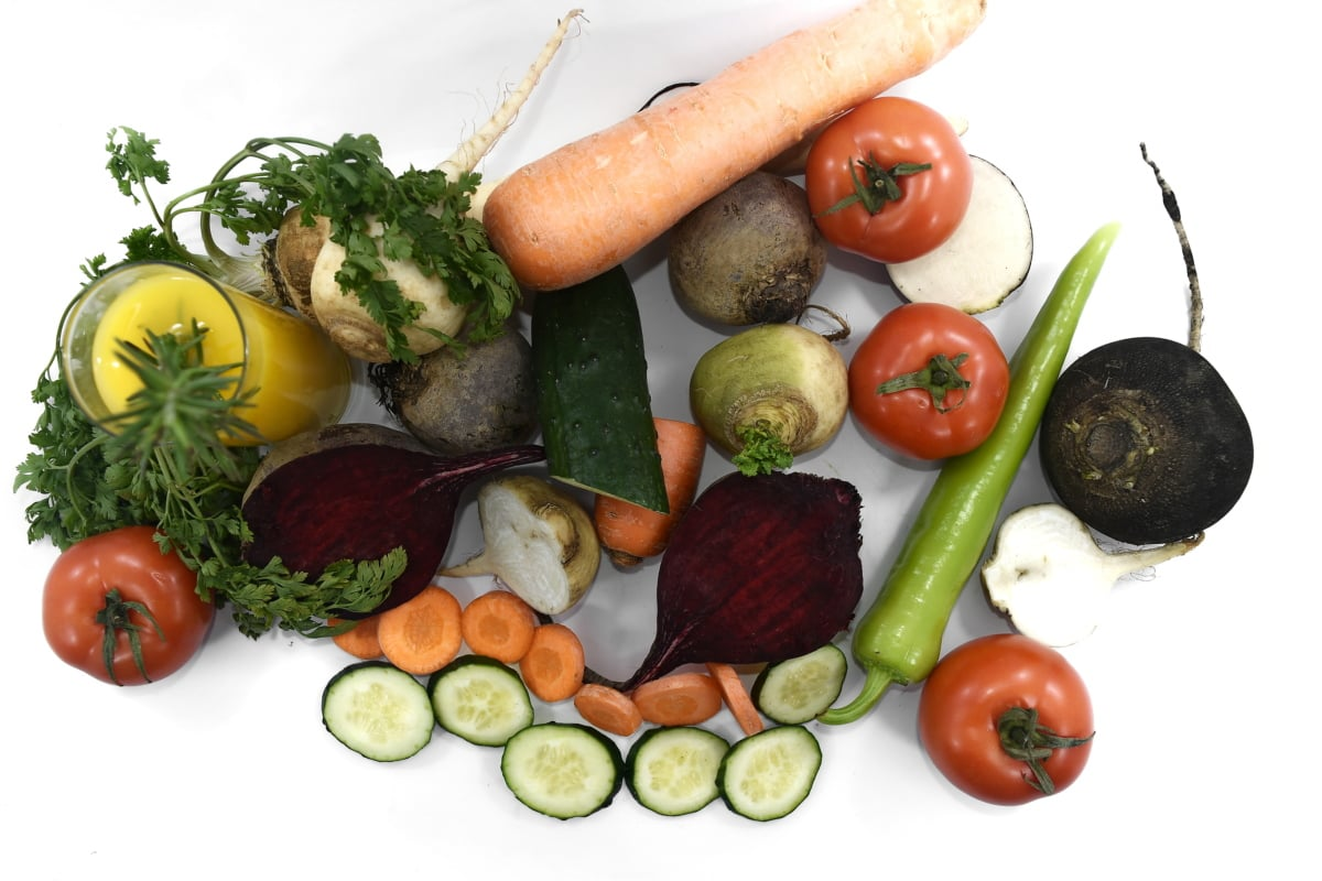 Badanie: Polacy mają problem z określeniem, czy dany produkt jest z kategorii zdrowej żywności.