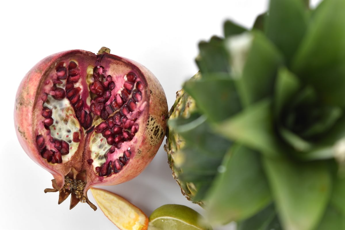 antibacterial, antioxidant, carbohydrate, cross section, pineapple, pomegranate, ripe fruit, seed, tropical, nature