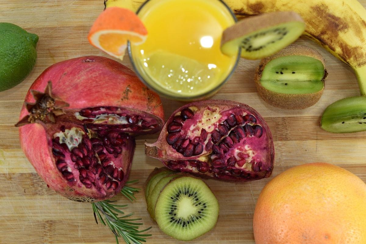 banana, diet, fresh, fruit cocktail, fruit juice, grapefruit, key lime, kiwi, pomegranate, fruit