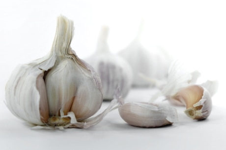 garlic, cooking, organic, spice, vegetable, food, ingredients, health, nutrition, root