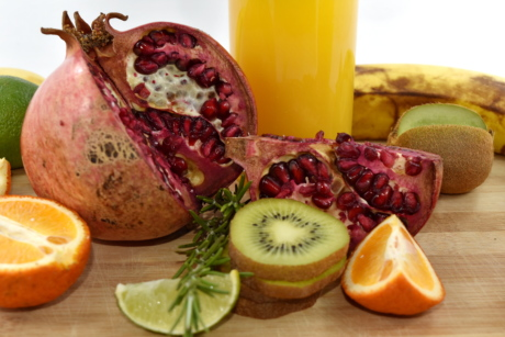 banana, fruit juice, key lime, kiwi, orange peel, oranges, pomegranate, rosemary, juice, food