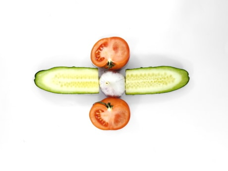 cucumber, garlic, half, slices, tomatoes, healthy, fruit, diet, vegetable, food