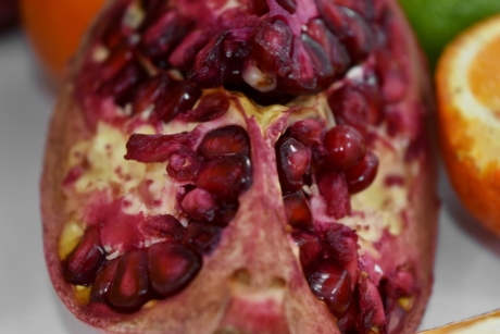 agriculture, aromatic, bitter, kernel, pomegranate, slices, tasty, produce, food, tropical