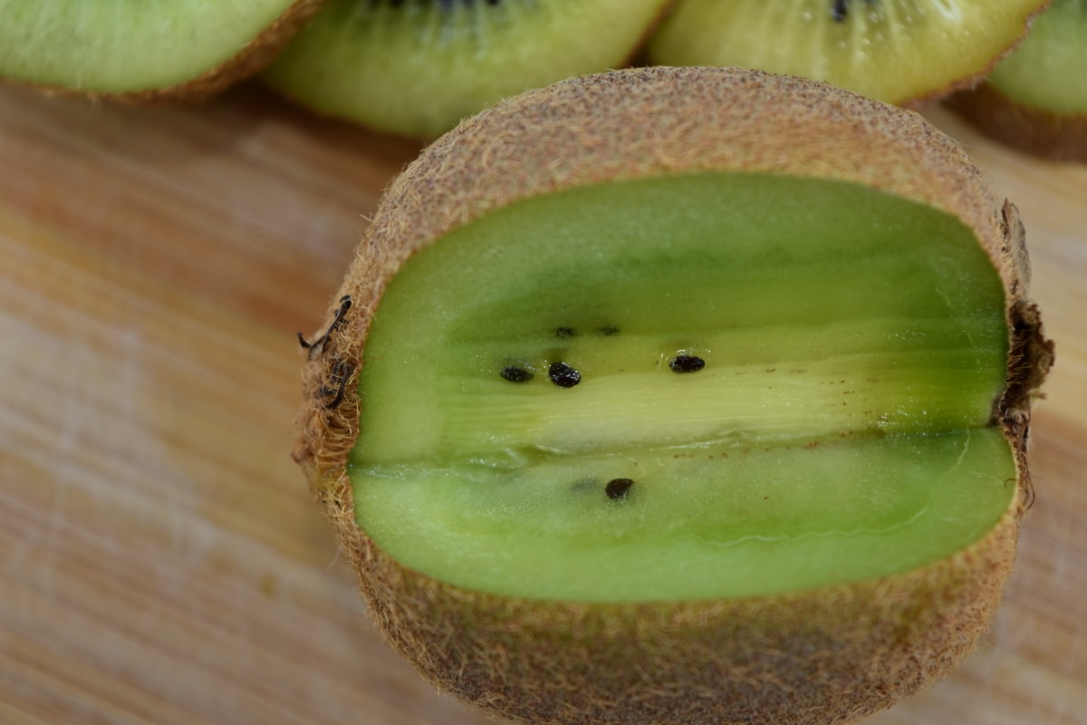 antybakteryjne, przeciwutleniacz, gorzki, przekrój poprzeczny, owoce, Kiwi, tropikalny, świeży, diety, jedzenie