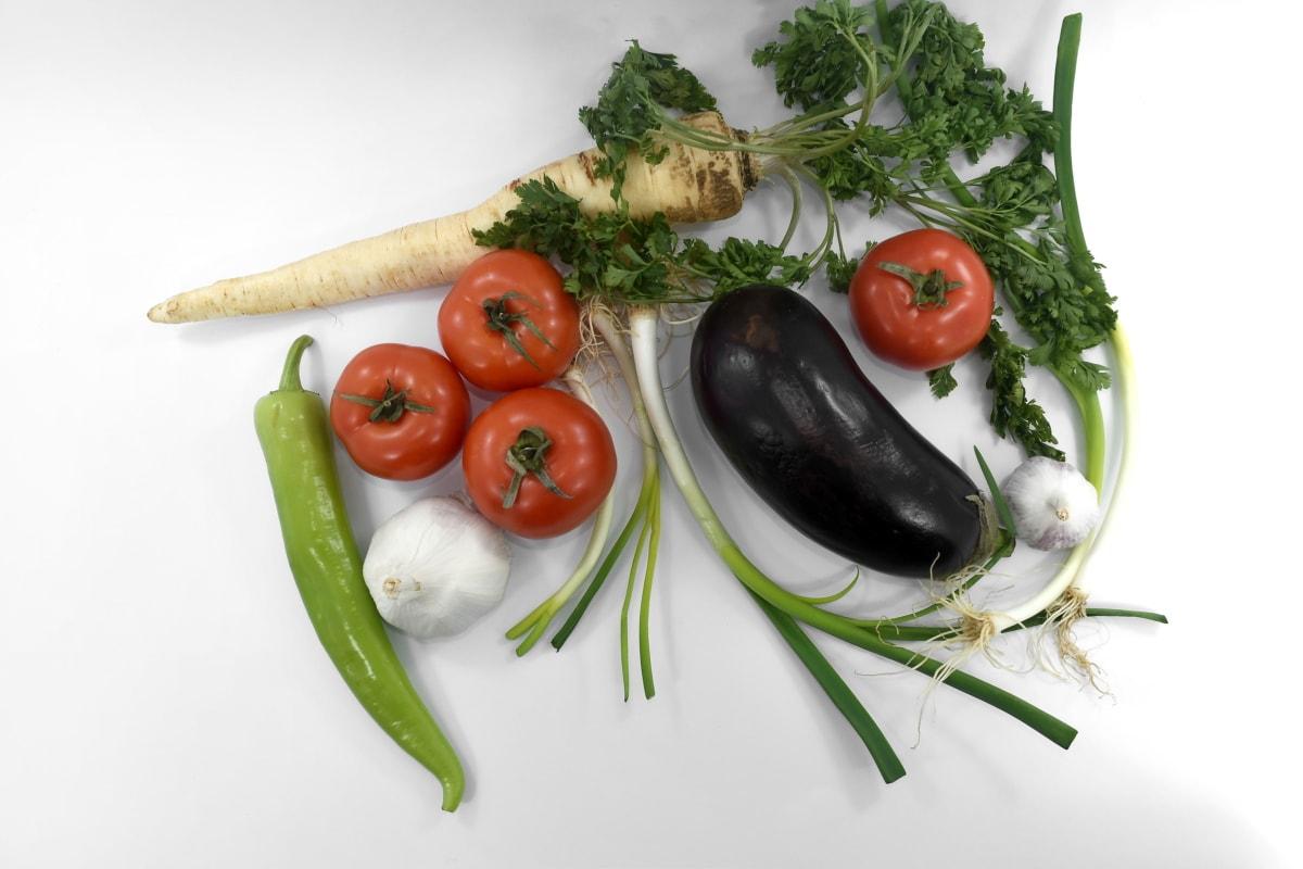 chives, eggplant, garlic, leek, parsley, spice, tomatoes, meal, vegetables, food