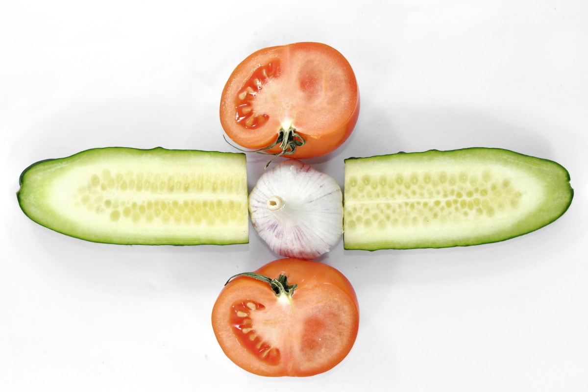 appetite, aroma, cross section, cucumber, garlic, salad, spice, tomato, vegetable, nutrition