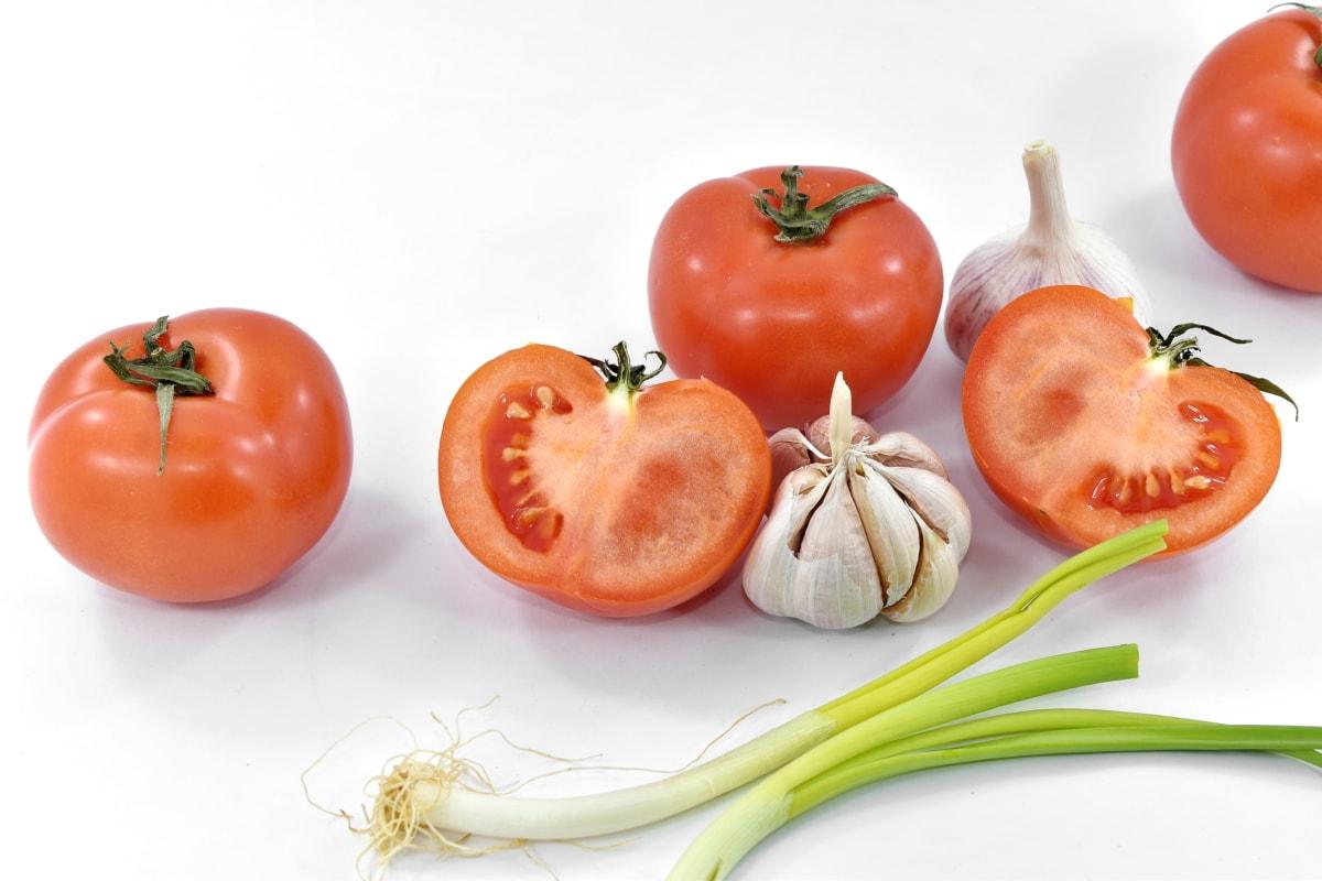 appetite, appetizer, aromatic, garlic, half, leek, slices, tomatoes, vegetables, wild onion