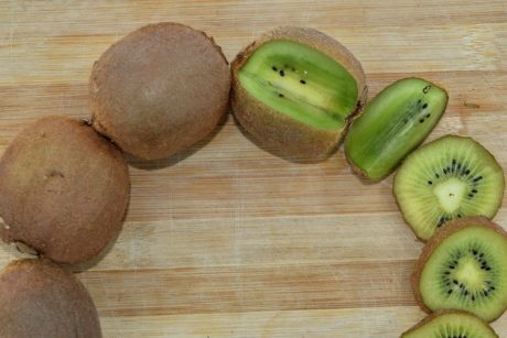 kiwi, ripe fruit, seed, vitamin C, food, fruit, half, nutrition, tropical, exotic
