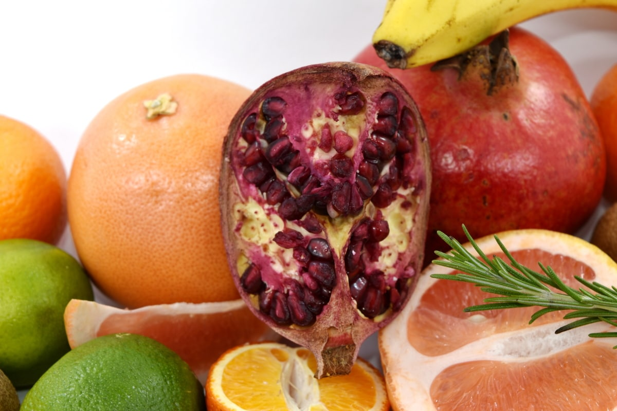 ripe fruit, tropical, vitamin C, vitamins, produce, banana, health, apple, pomegranate, diet