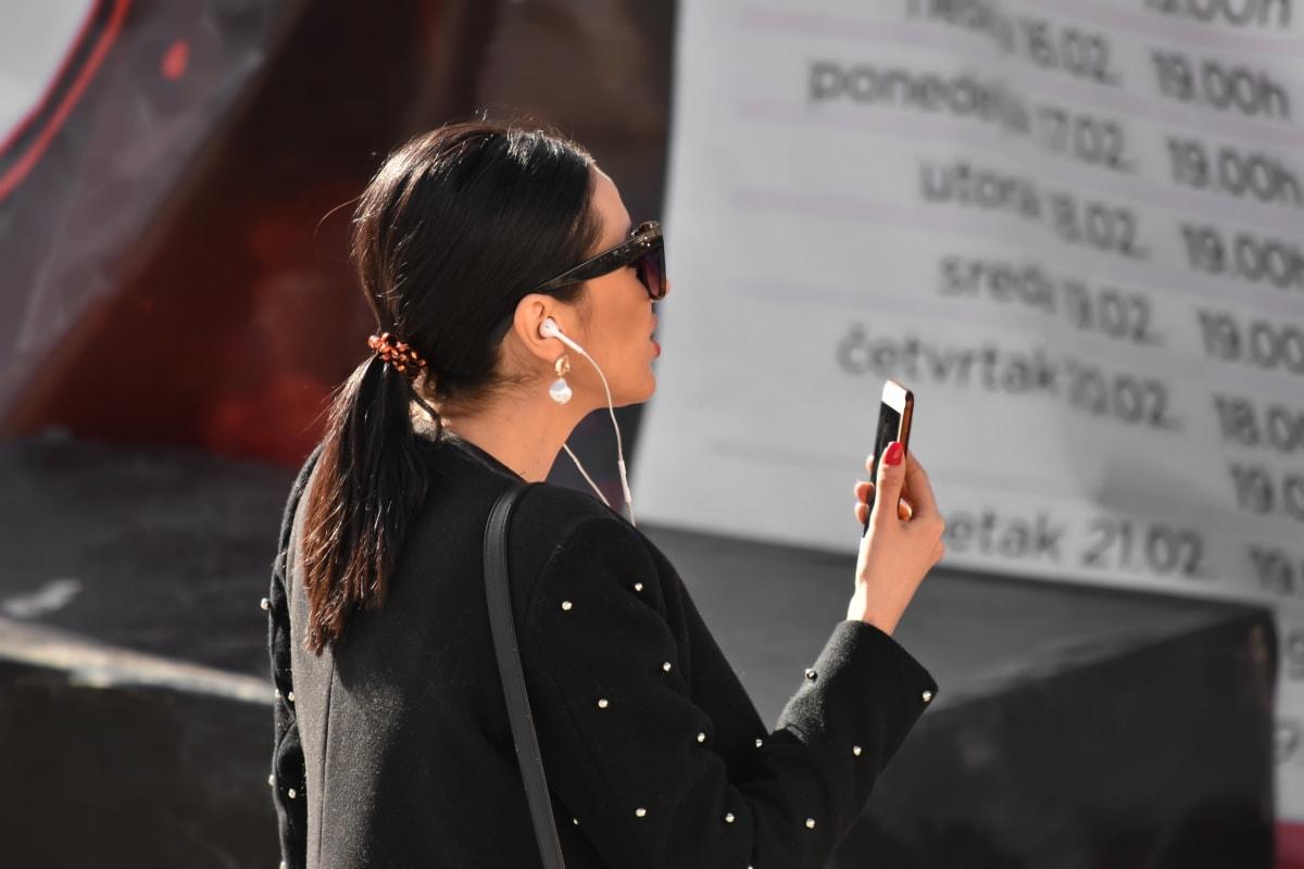 poslovna žena, komunikacija, sigurni, Prekrasna, mobilni telefon, lijepa djevojka, telekomunikacija, osoba, portret, žena