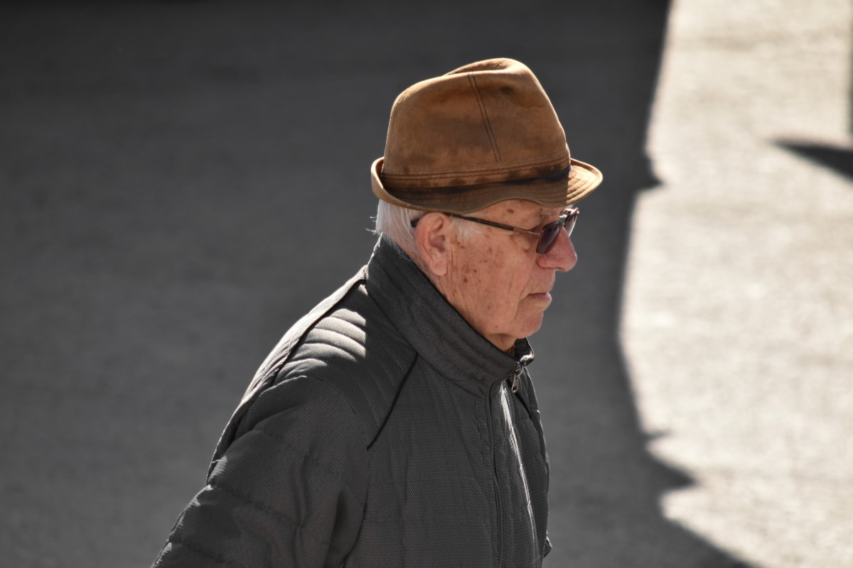grandfather, hat, jacket, pensioner, profile, sunglasses, urban area, person, man, street