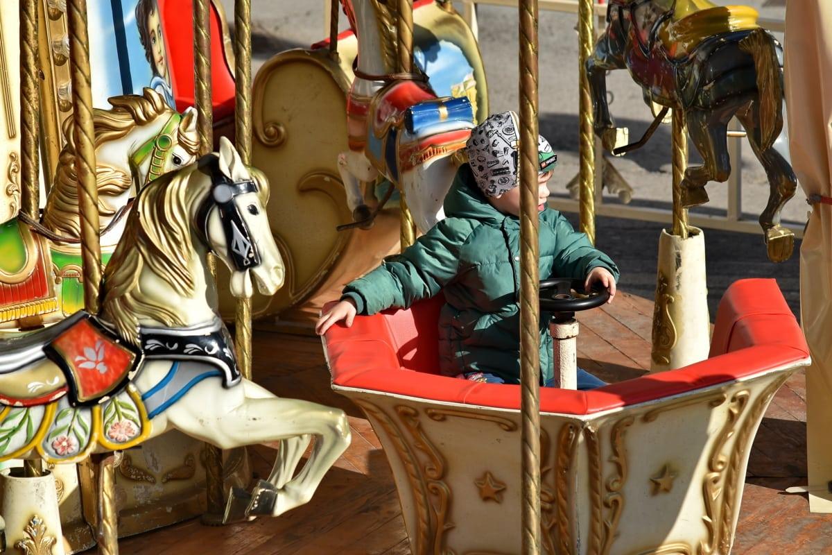 fornøyelsespark, karusellen, gutt, mekanisme, ri, karneval, kunst, festivalen, tradisjonelle, skulptur