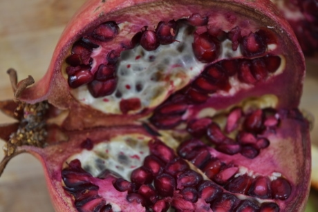 details, pomegranate, red, ripe fruit, seed, slice, vitamin C, vitamins, produce, exotic