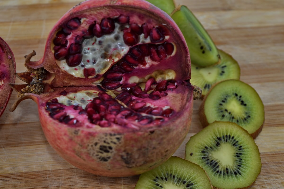 bitter, delicious, food, kiwi, organic, pomegranate, ripe fruit, seed, produce, diet