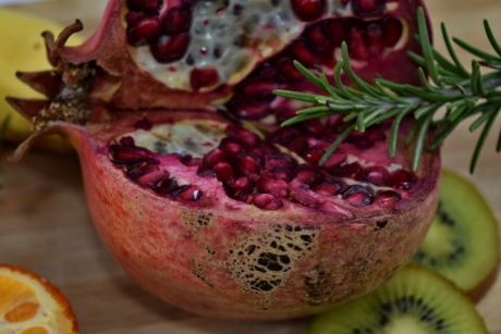 kiwi, pomegranate, ripe fruit, spice, food, produce, fruit, nutrition, delicious, exotic