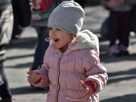enjoyment, fun, happiness, pretty girl, child, person, people, street, winter, outdoors