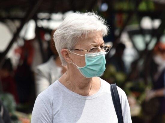 coronavirus, Glasögon, ansikte, ansiktsmask, hygien, smittsam sjukdom, marknad, porträtt, skydd, kvinna