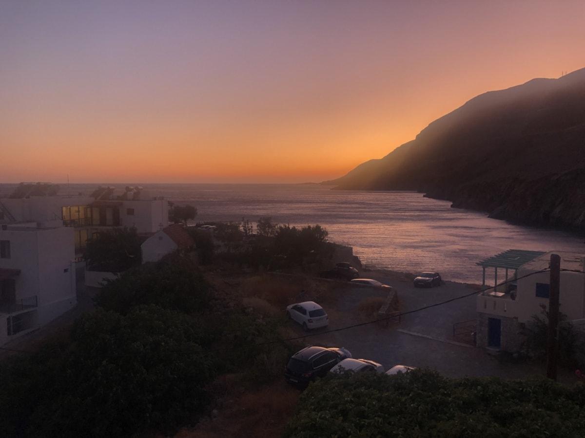 voitures, brume, zone de villégiature, mer, l'été, protection solaire, voyage, voyageur, zone urbaine, coucher de soleil