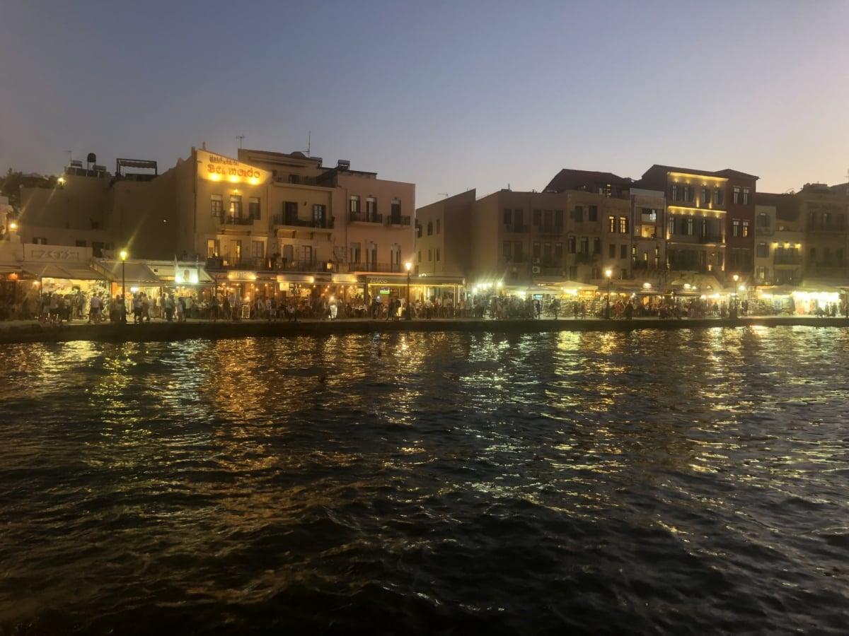 kvällen, hamnen, hotell, lampor, turism, turistattraktion, horisont, stadsbild, staden, vatten