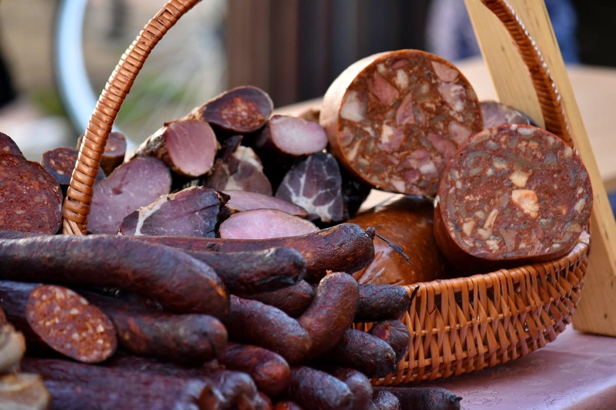 homemade, meat, salami, sausage, wicker basket, food, beans, drink, brown, wood