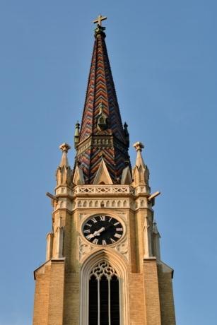 τούβλα, πύργος εκκλησιών, Σταυρός, ορόσημο, στέγη, κτίριο, αρχιτεκτονική, Ρολόι, Εκκλησία, παλιά