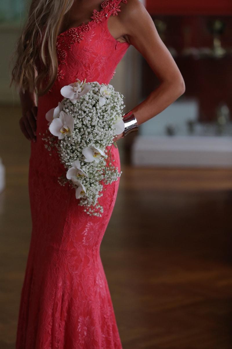 Kaunis, vaaleat hiukset, kimppu, rannekoru, morsian, mekko, hohto, upea, valokuva malli, vaaleanpunainen