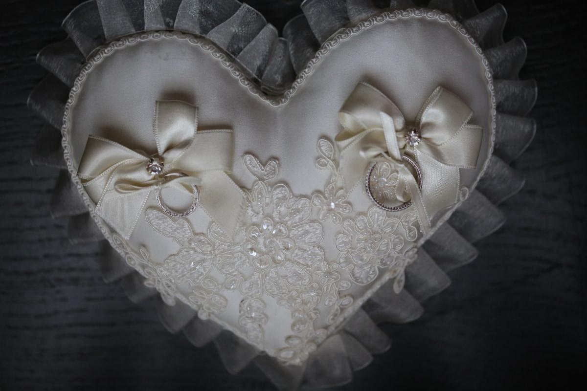 heart, romantic, wedding, marriage, romance, fabric, love, handkerchief, elegant, fashion