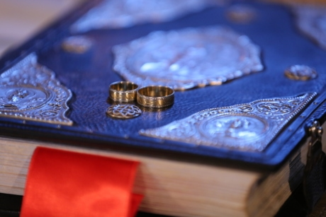 book, ceremony, details, engagement, gold, golden glow, rings, wedding ring, jewelry, still life