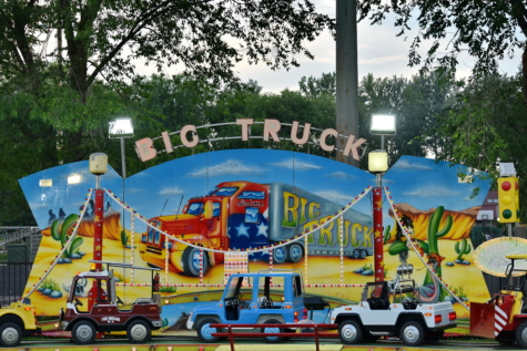 circus, entertainment, festival, fun, miniature, toys, park, car, vehicle, traffic