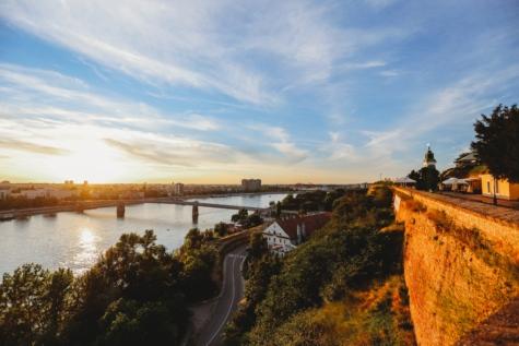 ทางอากาศ, สะพาน, ทิวทัศน์, แม่น้ำดานูบ, เซอร์เบียแอนด์มอนเทเนโกร, สถานที่ท่องเที่ยว, ภูมิทัศน์, น้ำ, พระอาทิตย์ตก, แม่น้ำ